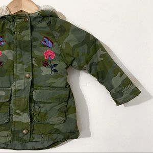 Old Navy 2T Green Camp Print Puffer Jacket
